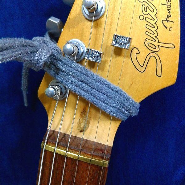 FretWraps 丸靴紐で代用