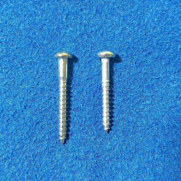 左:FENDER Bridge Mounting Screws / 右:MONTREUX 25mm