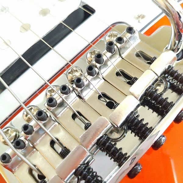Wilkinson 10.5mm ビンテージスタイル フルブロックST ギタートレモロユニット ブリッジ イモネジ
