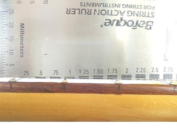 1弦側8mmの超低弦高セッティング