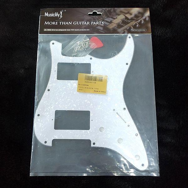 Musiclily Pro 11穴 HH USA/メキシコストラトキャスターギター用ピックガード パッケージ表