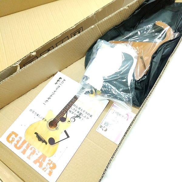 Amazon アコースティックギター 初心者セット 付属品類