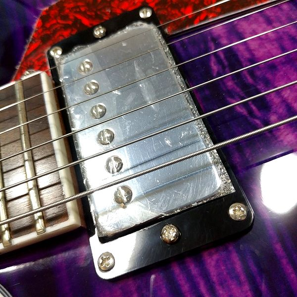 GROTE 335 style with Bigsby - GROTEピックアップ フロント