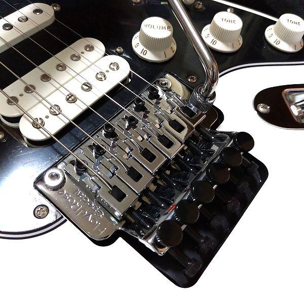 Fender Player Stratocaster Floyd Rose HSS フロイドローズスペシャル