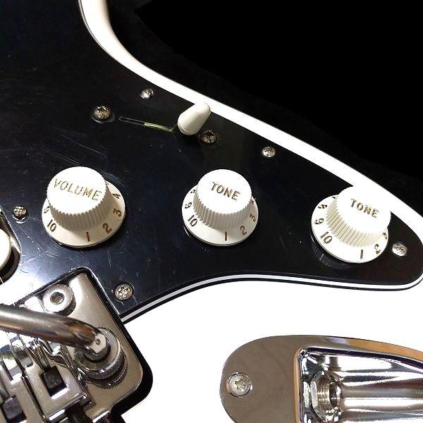 Fender Player Stratocaster Floyd Rose HSS 電装系