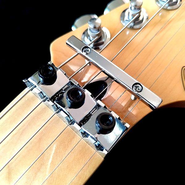 Fender Player Stratocaster Floyd Rose HSS ロックナット&テンション�ー