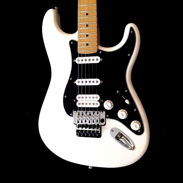 Fender Player Stratocaster Floyd Rose HSS ボディ正�