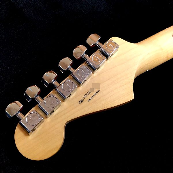 Fender Player Stratocaster Floyd Rose HSS ペグ