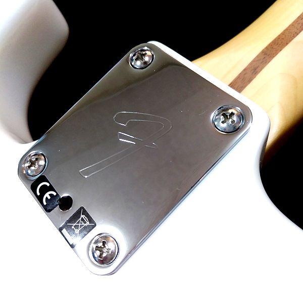 Fender Player Stratocaster Floyd Rose HSS マイクロティルト