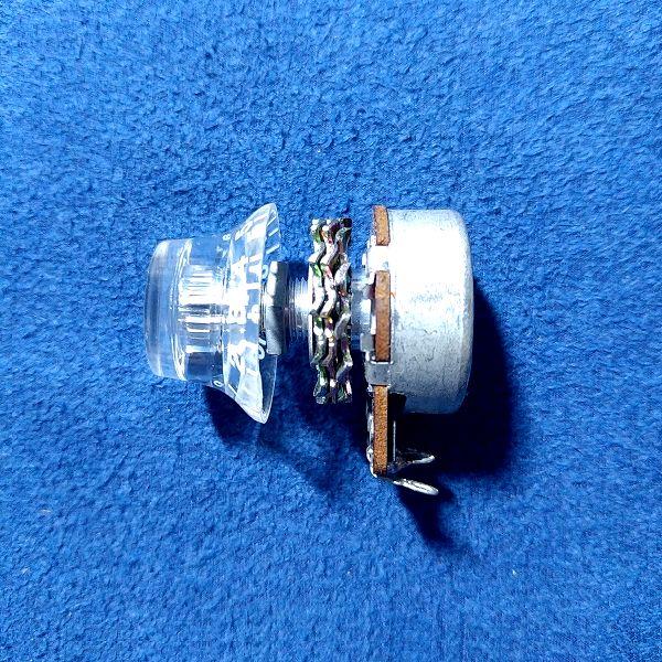 アクリル スピードコントロールノブ ポット装着 横アングル